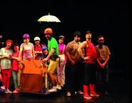 Slide Escola Teatro.jpg